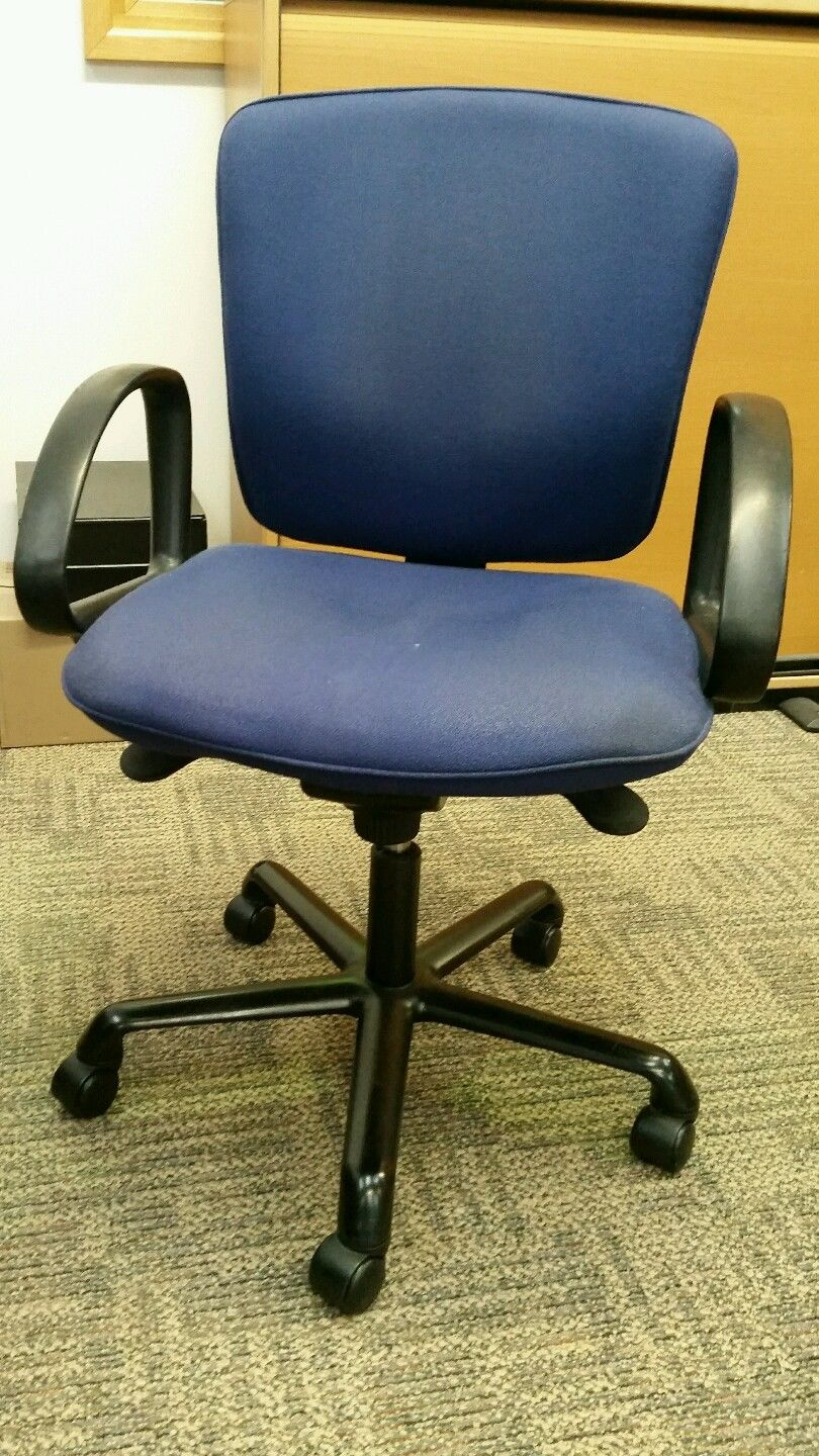 heavy duty operator armchairs in blue used good cond
